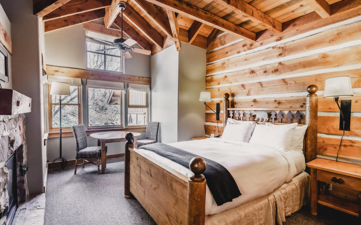 Sundance Mountain Resort recognised with Conde Nast Traveler's 2019 Readers Choice Award #1 Ski Resort in the U.S. and Canada